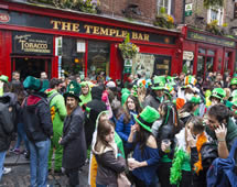 Irland Dublin Sankt Patricks Day Temple Bar