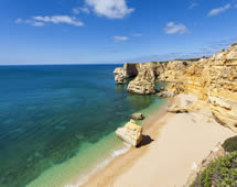 Lagoa Strand an der Algarve in Portugal